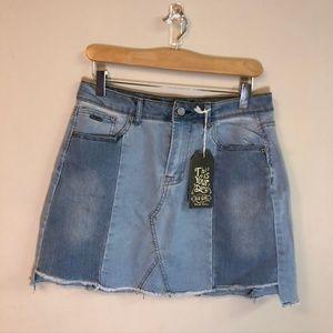 🌸 LAST CHANCE NWT Blu Girl Jean Skirt 🌸
